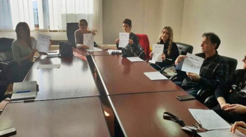 D mol otvara a Nina Petković zatvara Monteviziju