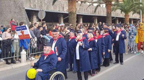 Stanari Doma za stare Grabovac učestvovali u Kotorskom karnevalu i oduševili publiku