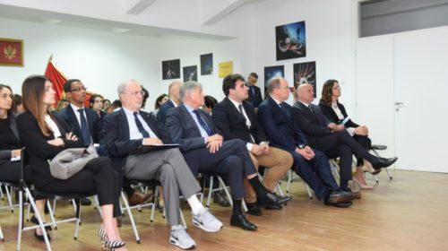 Princ Albert od Monaka i princ Petrović posjetli Institut za biologiju mora u Kotoru