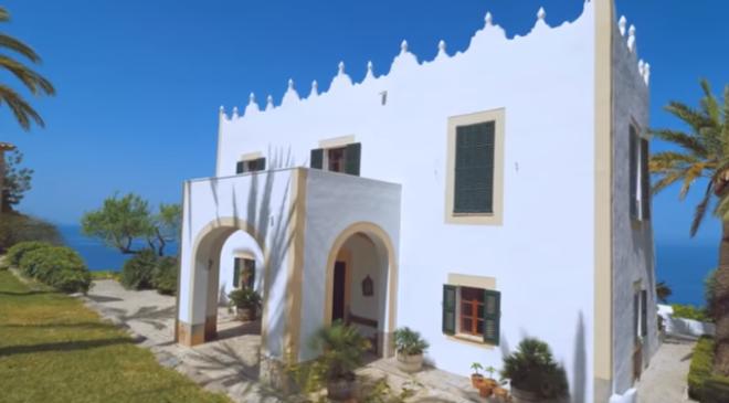 Zavirite u raskošnu vilu koju Mišel Daglas želi da proda