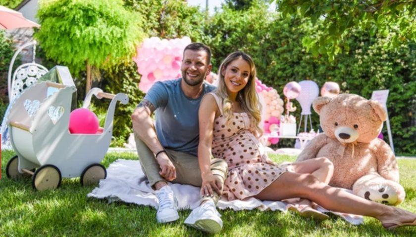 Vlada Savić i njegova supruga čekaju djevojčicu: Evo koje su ime izabrali za ćerku