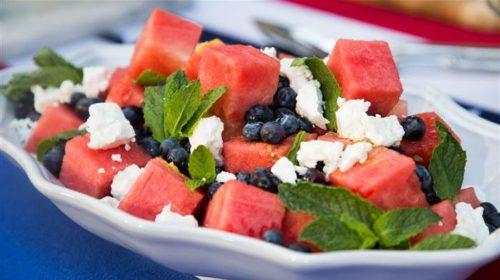 Mediteranska salata s lubenicom i fetom