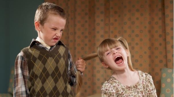 Kako da naučite dijete da rješava sukobe sa vršnjacima