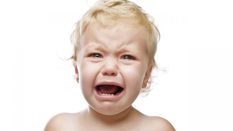 Djeca koja kasno progovore češće imaju napade bijesa