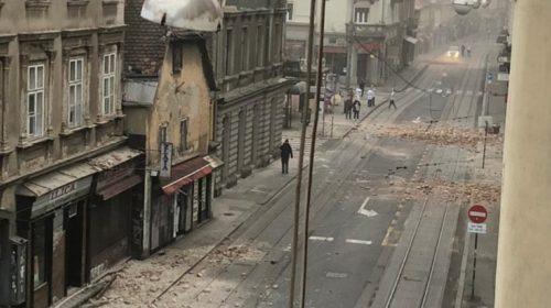 Zagreb je pogodio jaki zemljotres: Pretužne scene majki ispred porodilišta!