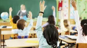 Roditelji pitaju zašto strane škole mogu da rade, a ostale ne