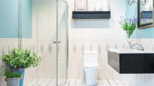 Ovih 5 trikova učiniće da malo kupatilo izgleda prostrano