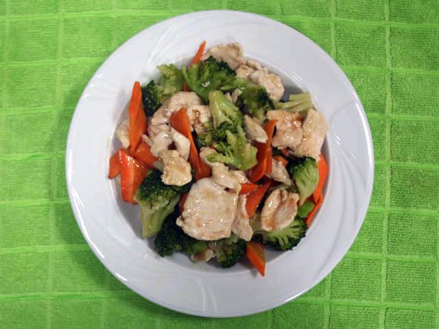 Predlog za ručak: Svinjetina sa brokolijem – gotova za pola sata!