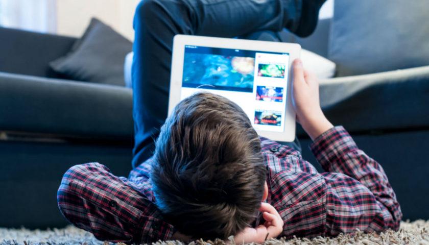 Ekranizam je sličan autizmu: Dijete razvija unutrašnje svjetove