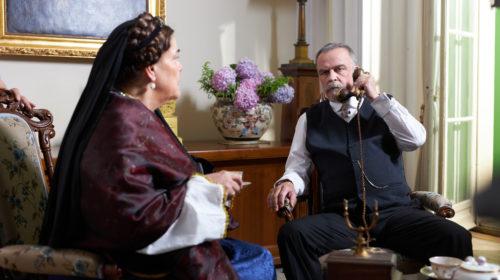 Žarko Laušević kao kralj Nikola, a Vesna Čipčić tumači njegovu suprugu Milenu