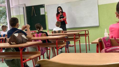 Od 1. oktobra dio đaka se vraća u klupe, dio uči online uz konsultacije u školi