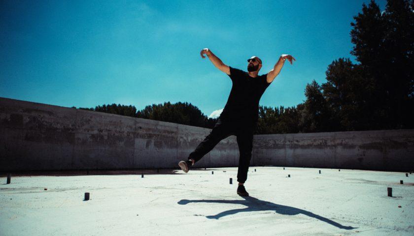 """Marko Louis objavio singl i album pa poručio: """"Ljudima se nudi iluzija slobode"""""""