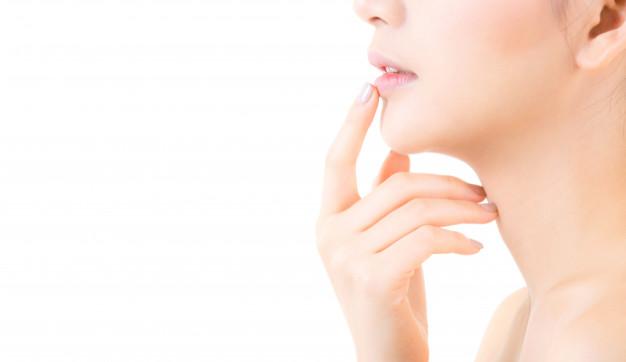 Prirodni balzam za ispucale usne